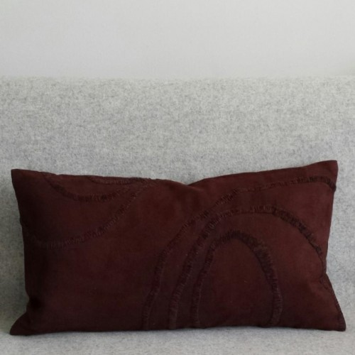 Curves - rectangular - cushion - chocloate