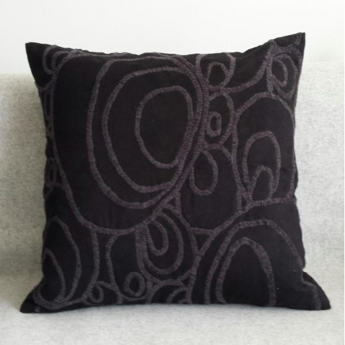 Curves - square - cushion - black