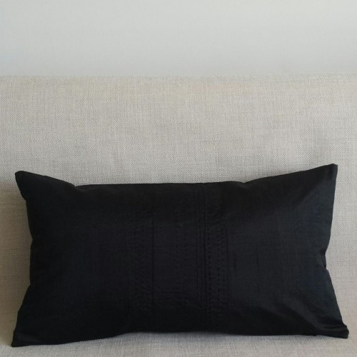 Running Stitch - rectangular - cushion - black