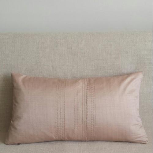 Running Stitch - rectangular - cushion - cream