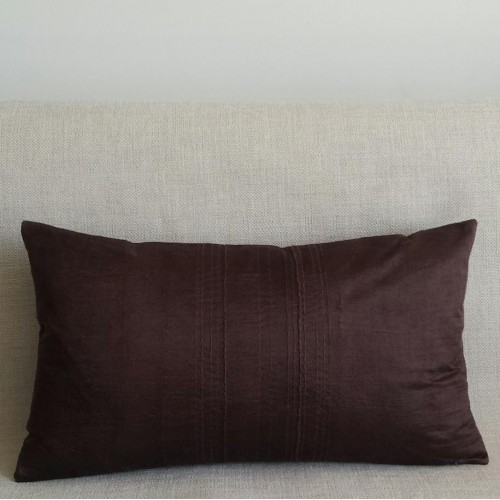 Running Stitch - rectangular - cushion - chocolate