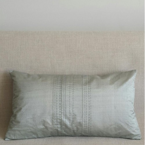Running Stitch - rectangular - cushion - mint