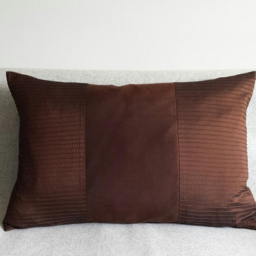 Pintuck Stripes 2 Panel - large - rectangular - cushion -  chocolate