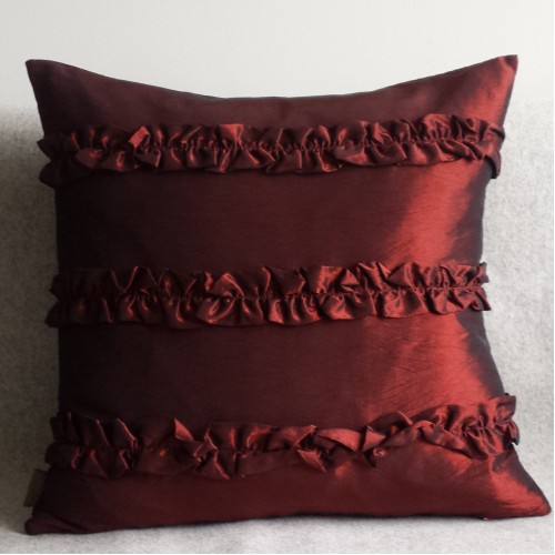 Ruffles cushion - square - red