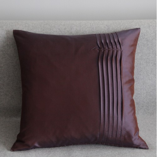 Twisted Pleat - cushion - square - aubergine
