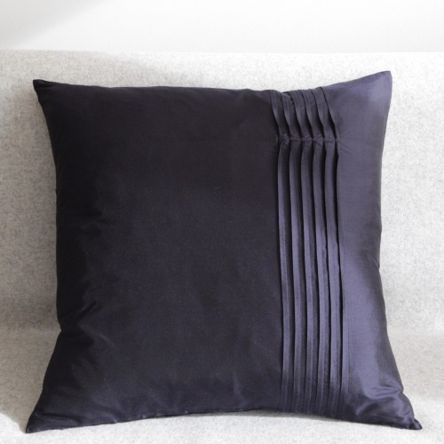 Twisted Pleat - cushion - square - navy