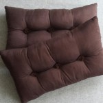 Tufted Cushion - rectangular - Chocolate