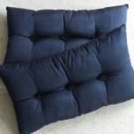 Tufted Cushion - rectangular - Navy